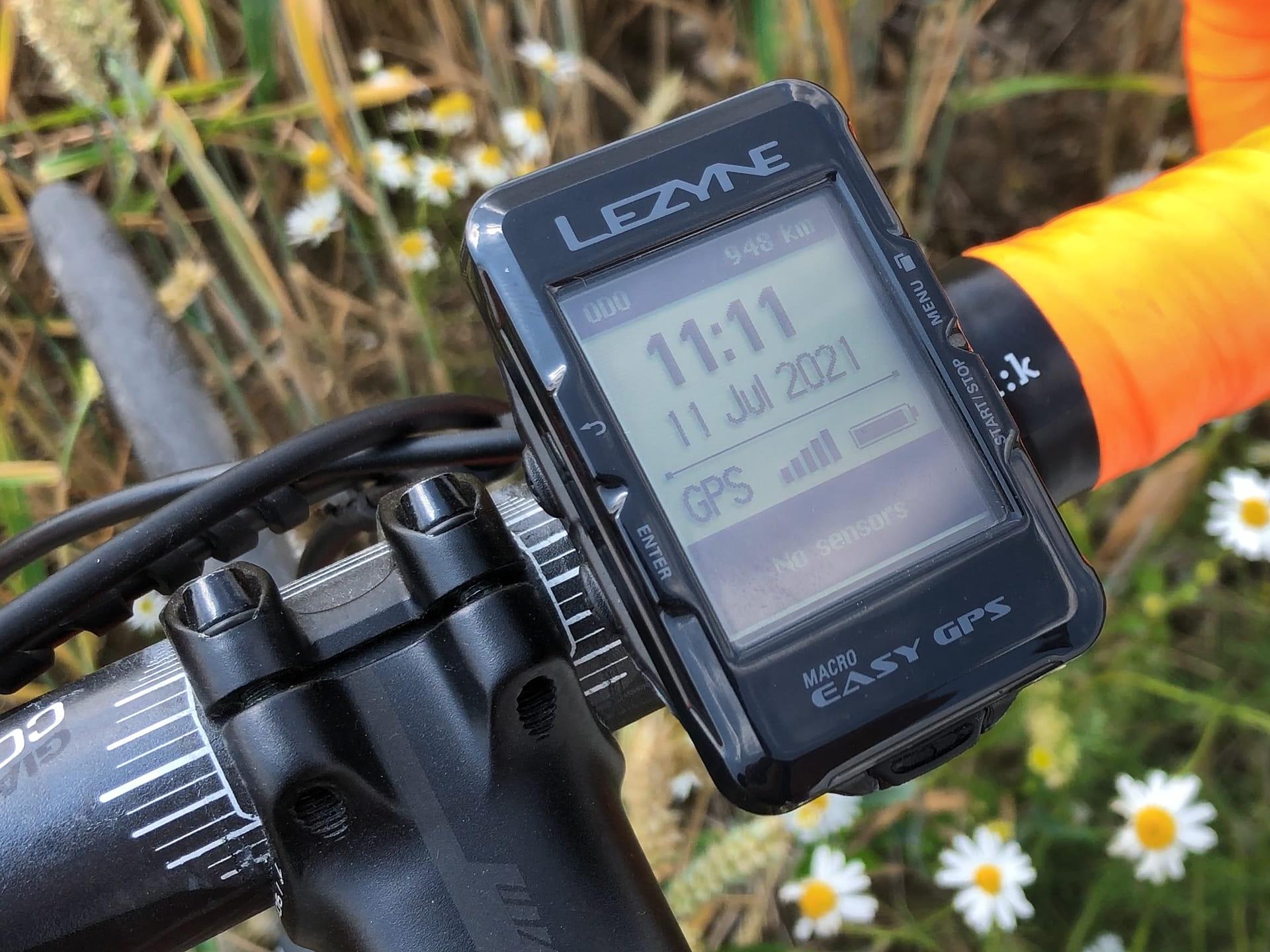 Wideo recenzja licznika Lezyne Easy GPS